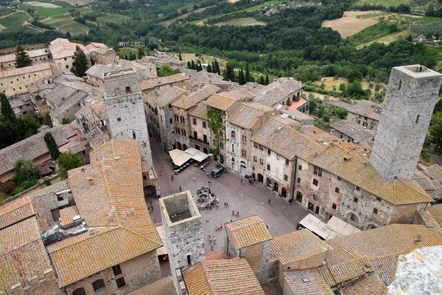 Foto dall'alto del borgo di Uma